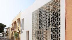 Hotel SantaCreu en la isla de Tabarca / Diego López Fuster + Subarquitectura