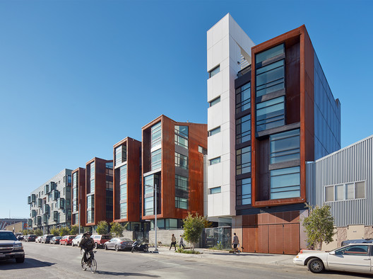 M Building / Kennerly Architecture & Planning