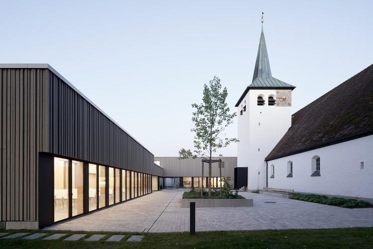 Evang Luth Community Center Heilandskirche Unterhaching / goldbrunner + hrycyk , © Stefan Müller Naumann
