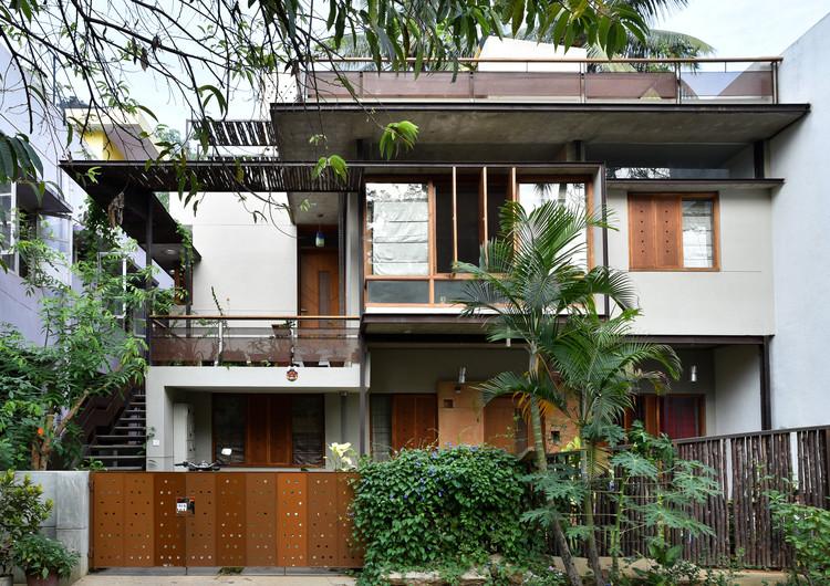 Casuarina Fence House / Meeta Jain Architects, © Manoj Sudhakaran