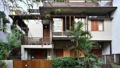 Casa Casuarina Fence / Meeta Jain Architects