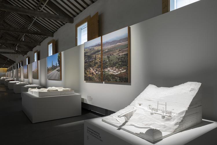 """Exposição """"Souto de Moura - Memória, Projectos, Obras"""" é inaugurada na Casa da Arquitectura, © Ivo Tavares Studio"""