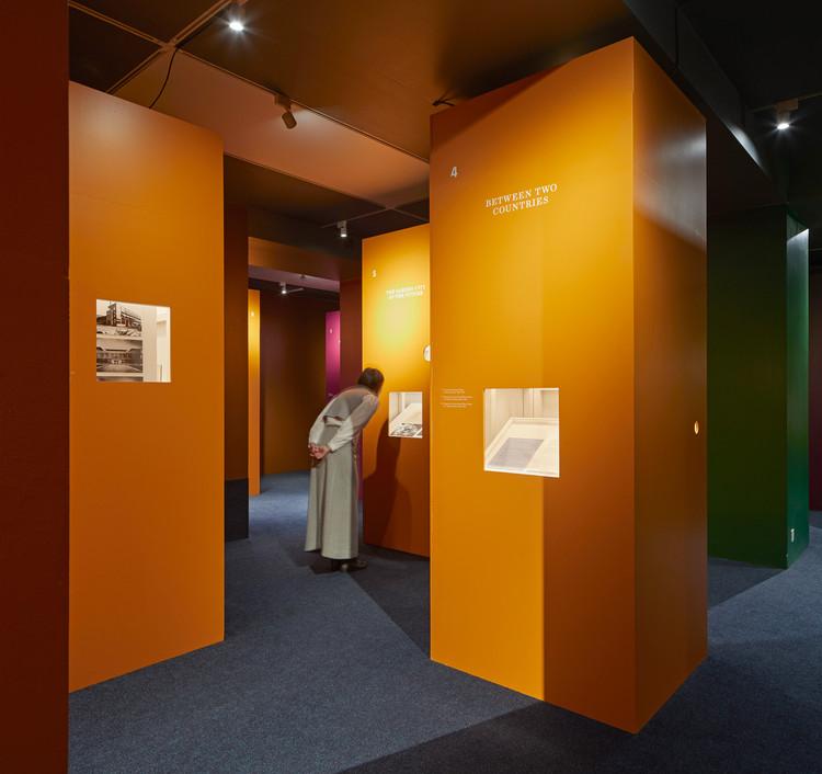 Exhibición RIBA Beyond Bauhaus / Pezo von Ellrichshausen, © Edmund Sumner