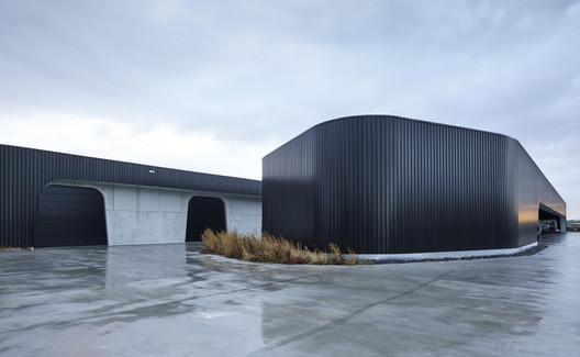 Goddeeris Headquarters / DDM Architectuur + BHOOM Creative Design unit
