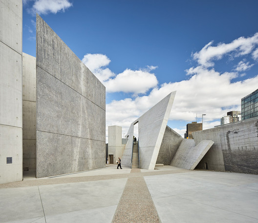 National Holocaust Monument / Studio Libeskind © doublespace photography