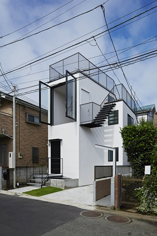Rooftop House / Another APARTMENT / Tsuyoshi Kobayashi