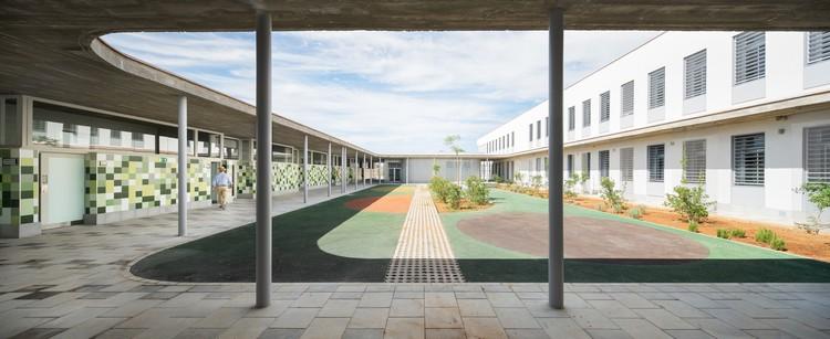 Eucaliptus School / Gabriel Verd Arquitectos, © Juanca Lagares