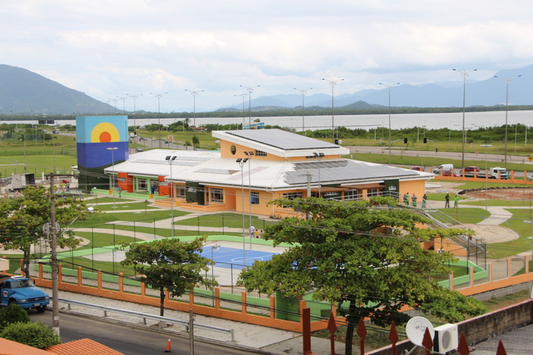 Creche em Florianópolis é a primeira do mundo com selo máximo de arquitetura sustentável, Creche Hassis em Florianópolis. Image via Haus