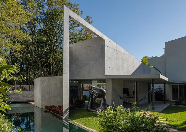 Residência PK    / Reinach Mendonça Arquitetos Associados, © Nelson Kon
