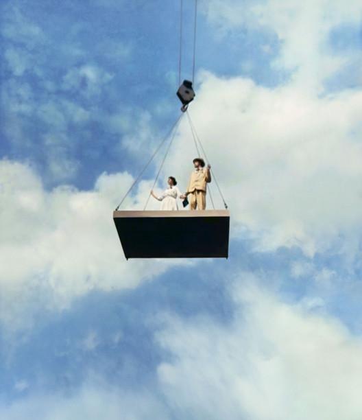 Flying Panels: Cómo los paneles de concreto cambiaron el mundo, Gerbert Rappaport. Director. Imagen de la película Cherry Town (Cheryomushki) 1963.