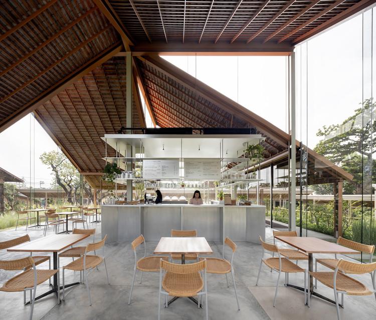 Patom Cafe / NITAPROW, © Ketsiree Wongwan