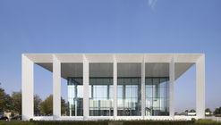 234 Bath Road Office Building / Flanagan Lawrence