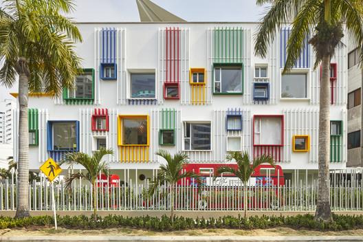 Pré-escola do Colégio Britânico de Cartagena / Cruz Rodriguez Arquitectura