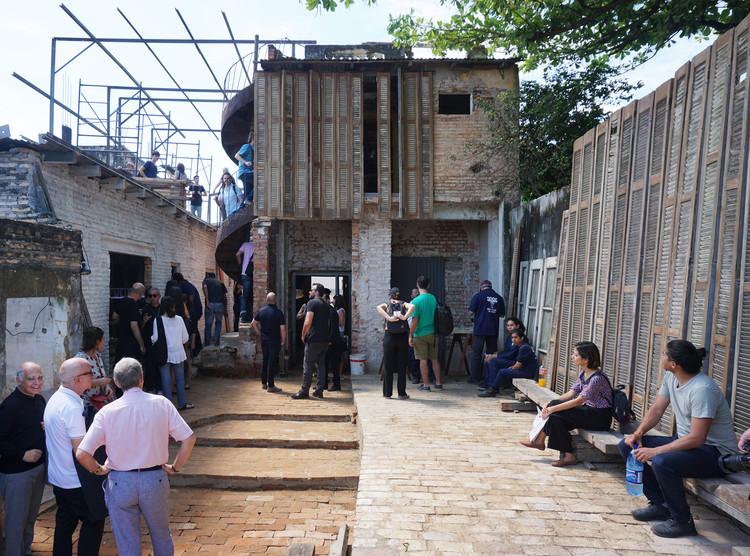 XI BIAU: 13 proyectos para mejorar el espacio público junto a los vecinos en Chacarita, Asunción, Pabellón de Paraguay en Asunción. Curador asignado: Lukas Fuster. Image © Fabian Dejtiar