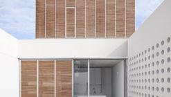 Casa GYA / Emac Arquitectura