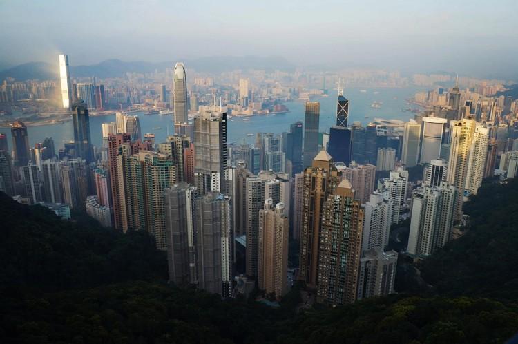 7 Questões que estão moldando as cidades do futuro, Hong Kong . Image Courtesy of Soledad Sambiasi