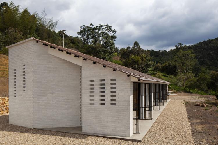 Open/Closed House / Juan Pablo Aschner, © Mateo Pérez