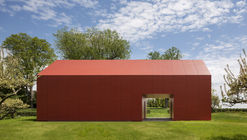Granero rojo / Roger Ferris + Partners