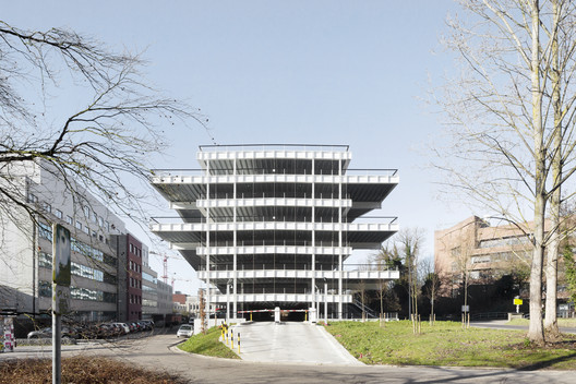 Parking Building IMEC / Stéphane Beel Architects