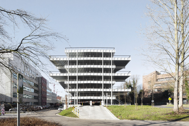 Parking Building IMEC / Stéphane Beel Architects, © Luca Beel