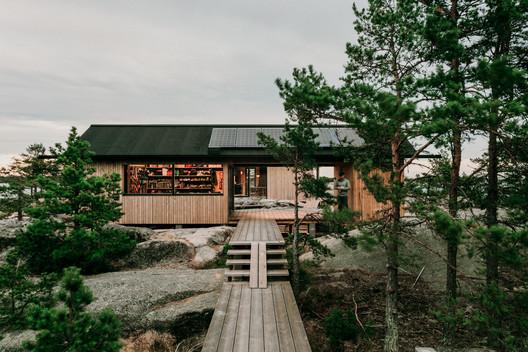 Project Ö Cabin / Aleksi Hautamäki