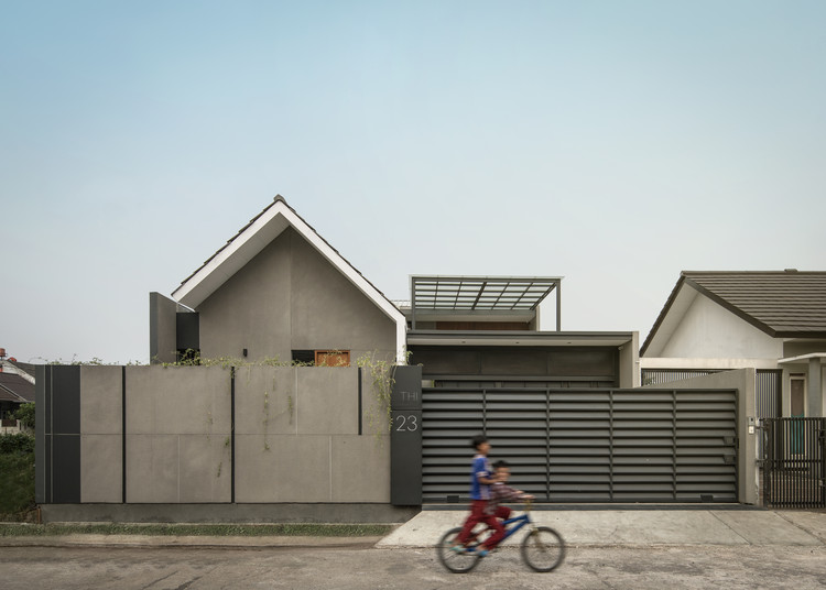 SH House / RUANGRONA, © KIE