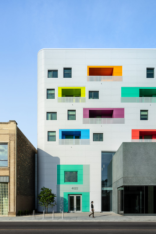 Independence Library and Apartments / John Ronan Architects