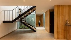 Centro de terapias y meditación Riquelme 62 / Fantuzzi + Rodillo Arquitectos