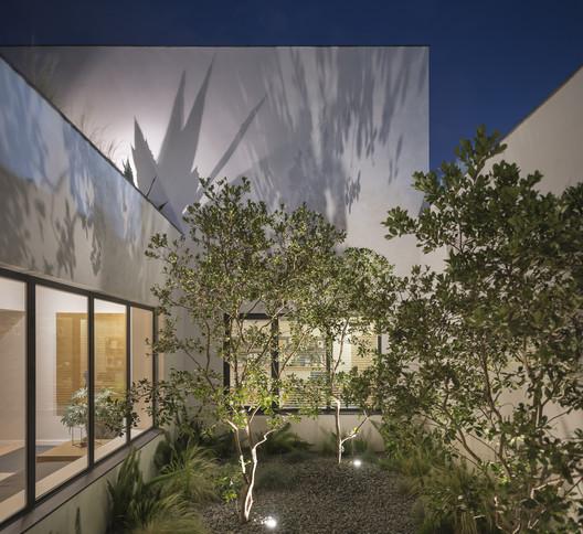 Casa H / Weber Arquitectos