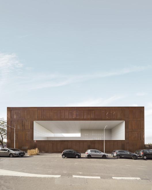 Minimum Security Prison of Nanterre / LAN Architecture