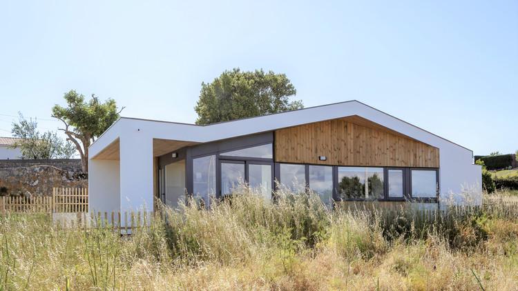 Pequena habitação bioclimática / ARKKE, © Antonio Vázquez Sotelo