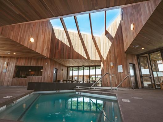 Society Hotel Bingen / Waechter Architecture