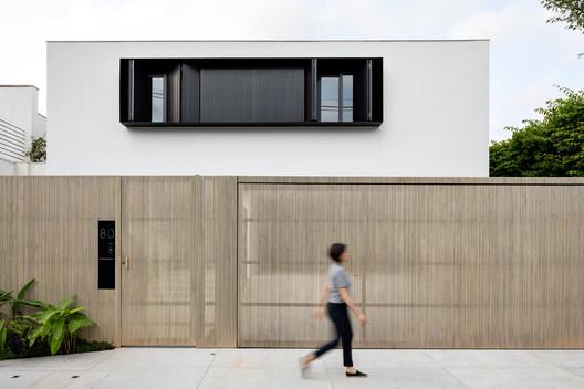 RLF House / CR2 Arquitetura