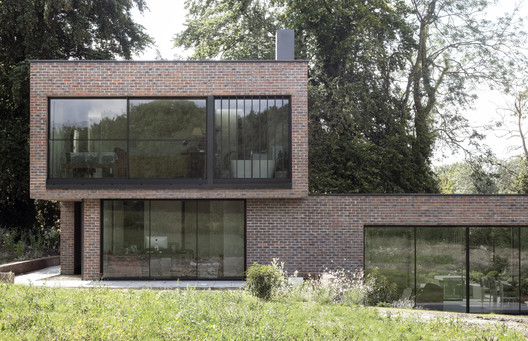 Casa Woodcote / Paul Cashin Architects + Design Engine Architects