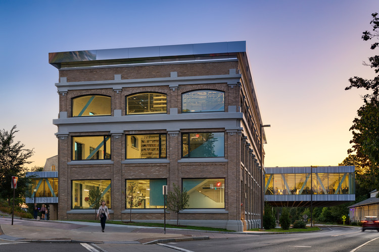 Cornell University's New Fine Arts Library Opens in Ithaca, © Chris Cooper, courtesy of STV