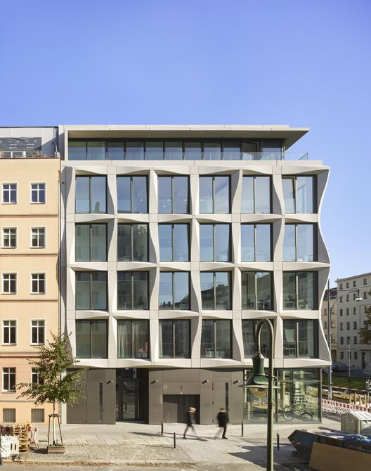Greifswalder Office Building / Tchoban Voss Architekten