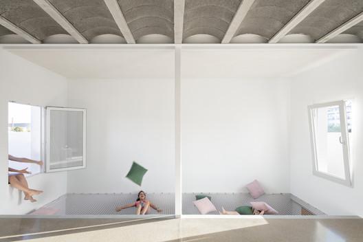 REI House / CRUX arquitectos
