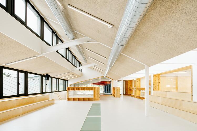 Rehabilitación y ampliación de la escuela Kurutziaga / ELE Arkitektura + Jesus Angel Landia Arquitecto, © Aitor Estevez