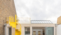 Mile End Road Apartment Refurbishment / Vine Architecture Studio