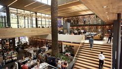 Café e livraria El Péndulo/ Aizenman-Arquitectura
