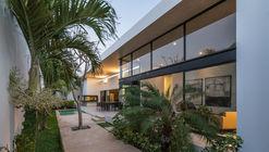 Casa trucus / Boyancé Arquitectura + Edificación