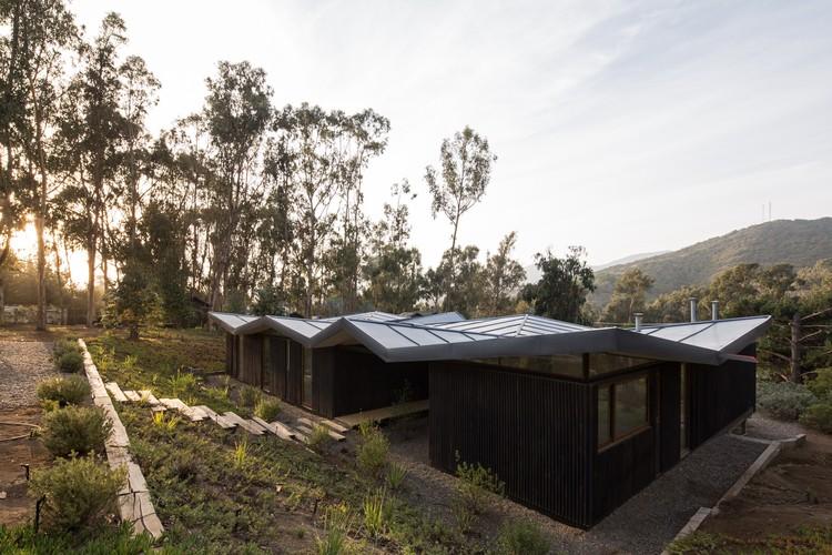 Casa origami / Mas Fernandez Arquitectos + OR Arquitectos, © Nico Saieh
