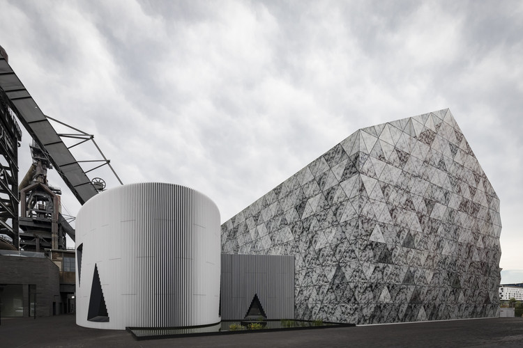 Luxembourg Learning Center / Valentiny Hvp Architects, © Michel Zavagno