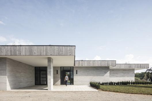 House H  / Chris Collaris Architects