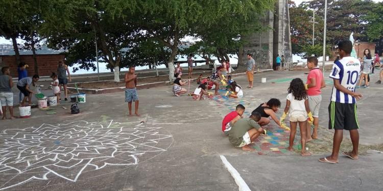 Três formas de ativar o espaço urbano: Jornada de Articulação COURB, Ação Aqui fora na lagoa em Maceió/AL. Image © COURB Brasil