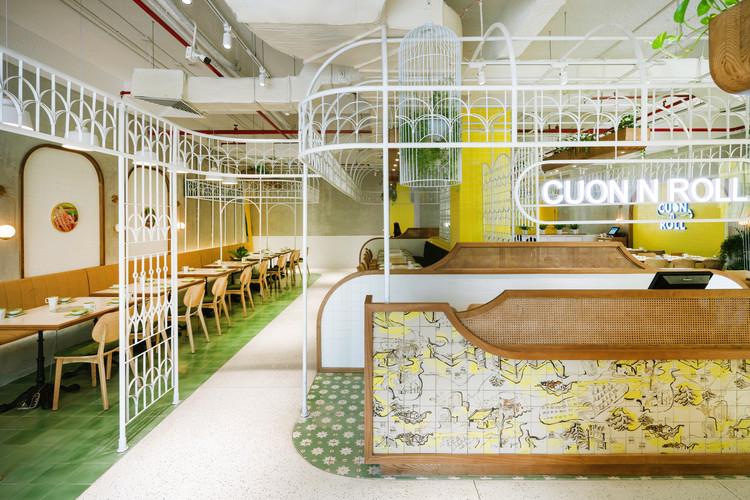 Cuon n' Roll Restaurant / Le House, © Trieu Chien