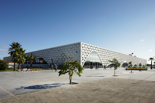 Kenitra Train Station / Silvio d'Ascia Architecture +  Omar Kobbité Architectes