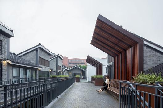 Yongqing Fang Landscape Design / Lab D+H