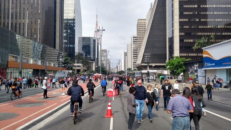 Paulista Aberta: os impactos para visitantes e moradores após quatro anos do programa, Avenida Paulista aberta . Image © Marcela Kanitz