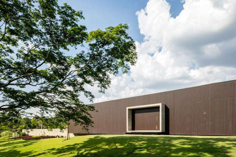 Tunnel House / Consuelo Jorge Arquitetos, © Fran Parente